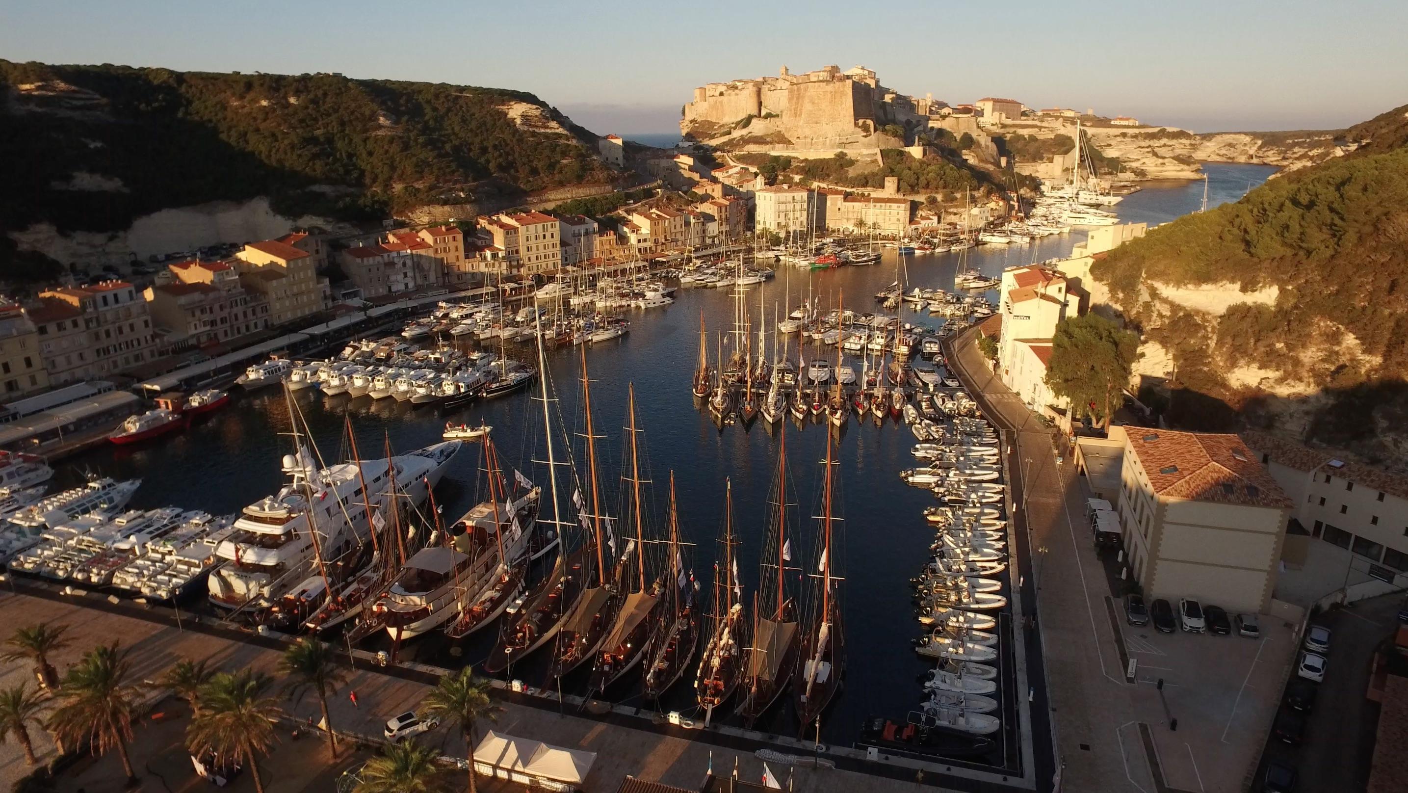 Port de Bonifacio Corsica Classic 2016 photo Emmanuel Kirch by drone pilot Nicolas di Stefano DR