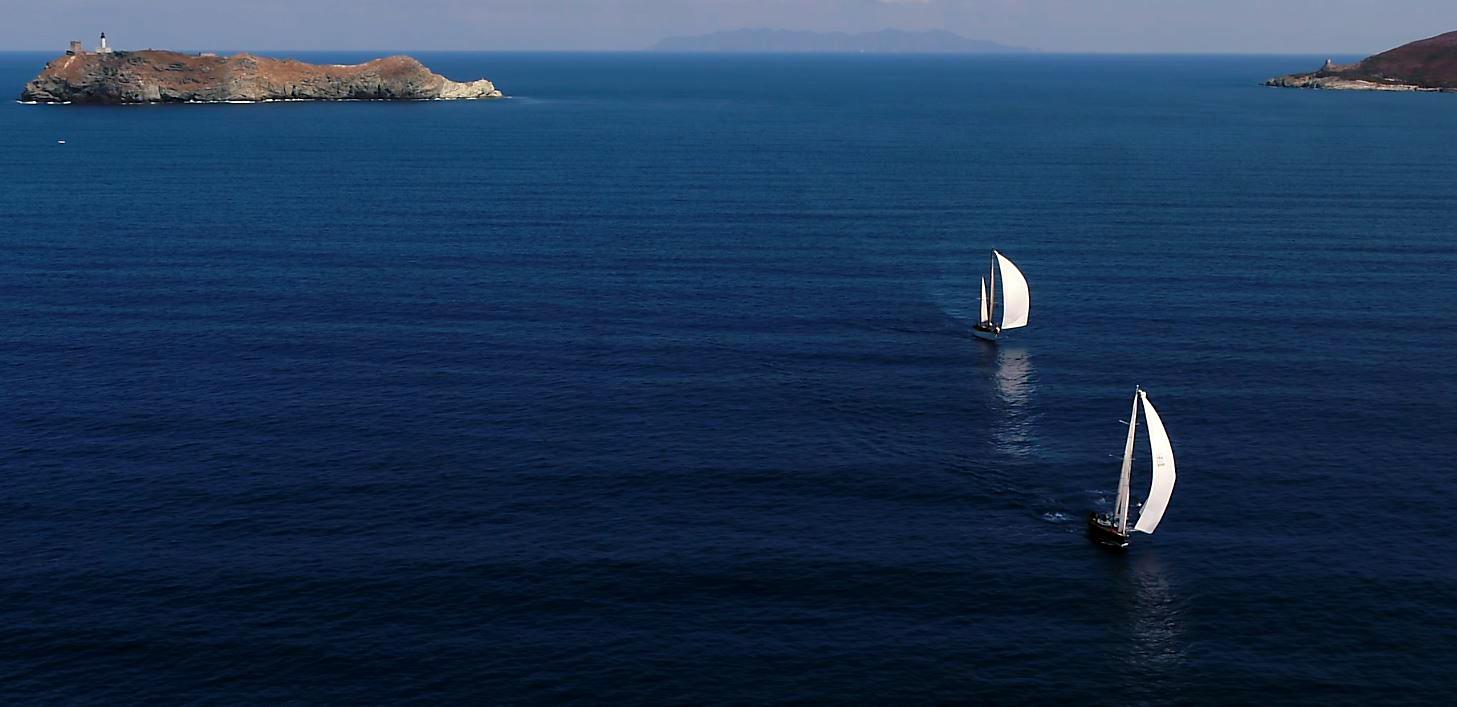 CC 2017 passage du Cap Corse SY Hygie SY Mrs Fips photo Jean-Paul Pyrée by Drone