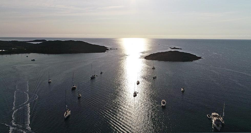 CC 2018 Saint-Cyprien la flotte au mouillage photo JP Pyrée by drone DR