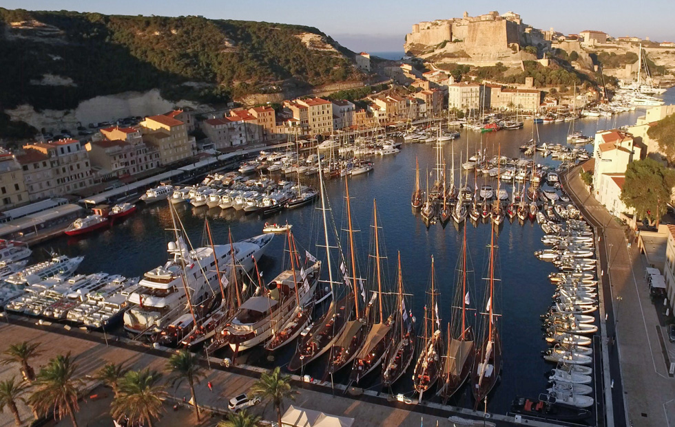 Le port de Bonifacio CC 2018 photo JP Pyrée by drone DR