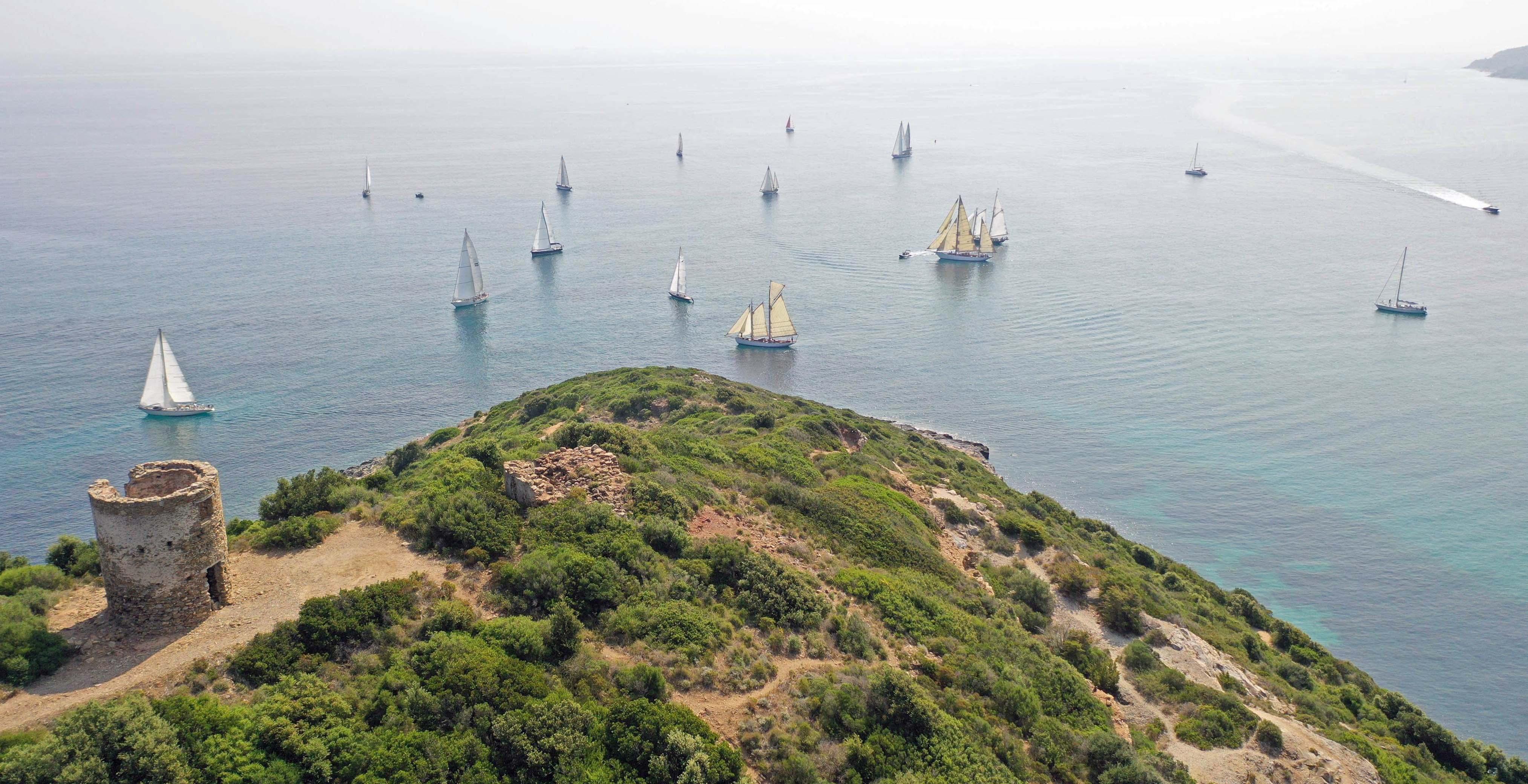 Macinaggio ligne de départ Corsica Classic 2019 photo JP Pyrée DR