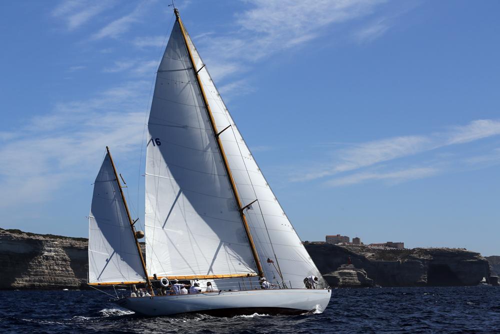 SY Dorade Bonifacio Corsica Classic 2014 photo Bernard Rudistein DR
